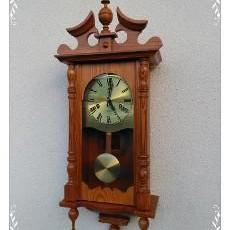 krásné kyvadlove hodiny