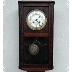 kyvadlové hodiny - storočné