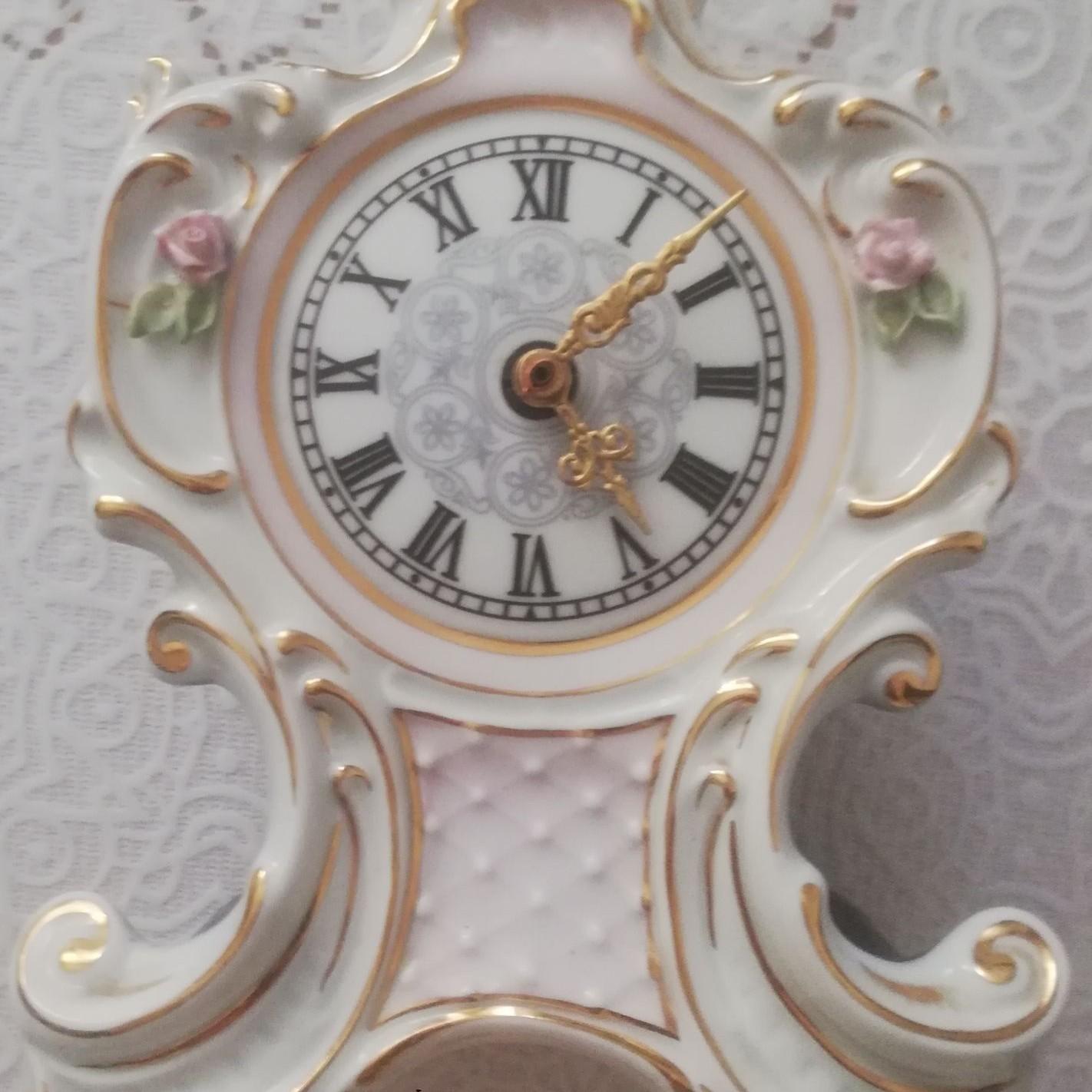 Porcelánové hodiny JOSEFINA HANAS