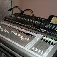SELLING :Korg M3-88,Roland Fantom-G8,Yamaha Tyros 5 Workstation,Mackie TT System32