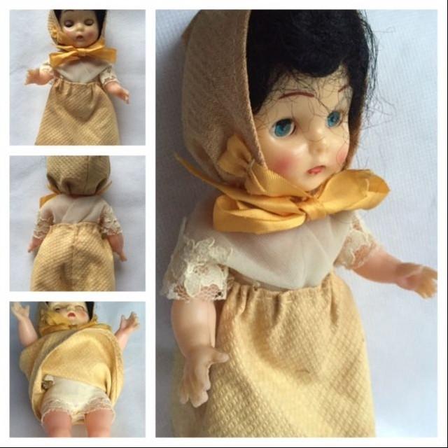 Starožitná zberateľská bábika (c1950)