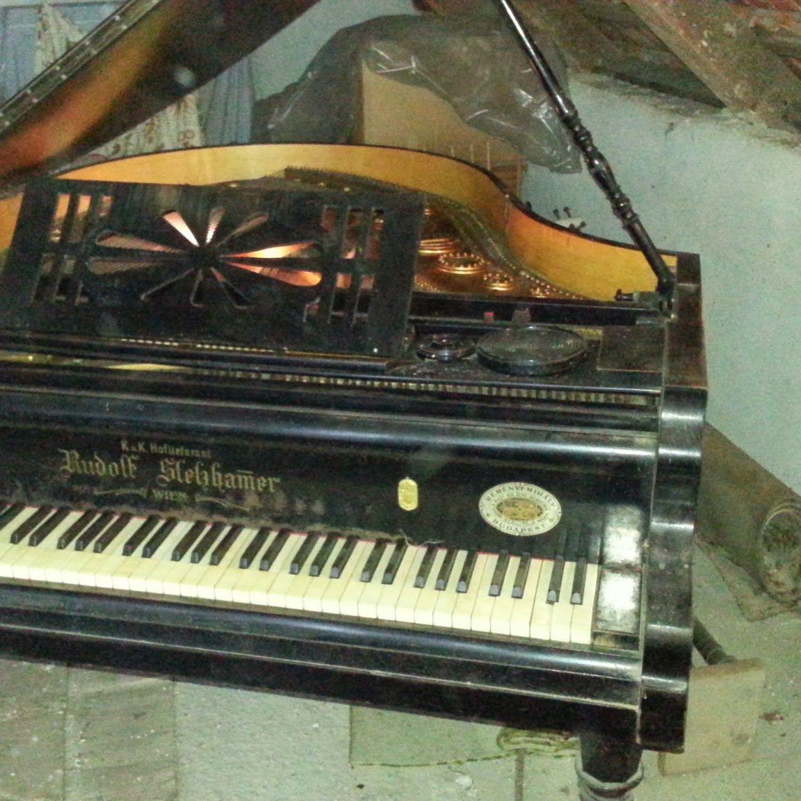 Starožitný klavír Rudolf Stekhamer z Uhorska